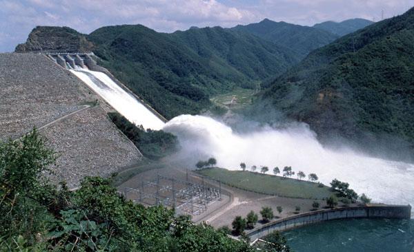 【ラオスのダム決壊】決壊ダムは最古の工法だった… ラオス激怒、SK建設に特別補償要求へ★8 YouTube動画>6本 ->画像>74枚